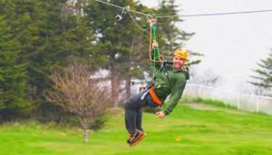 Rob Goddard ziplines to the mat on Amazing Race Canada 2 episode 11