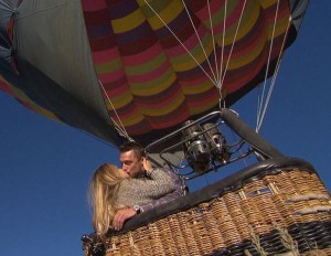 Chris Soules and Britt Nillson go for a balloon ride on The Bachelor 19 Episode 5