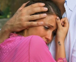 Chris Soules comforts Kaitlyn Bristowe after he sends her home on The Bachelor 19 episode 10
