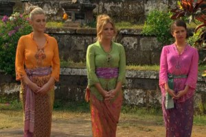 Whitney Bischoff, Becca Tilly and Kaitlyn Bristowe await Chris Soules and the rose ceremony on The Bachelor 19 episode 10