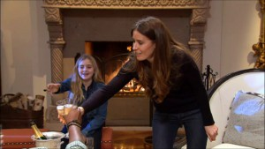 Meghan and T meet Chef Ramsay's wife and daughter on Hell's Kitchen season 14