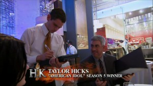 Taylor Hicks eats at Hell's Kitchen