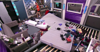 "The house is destroyed in the ""Hide & Go Veto"" #POV comp #BB17"